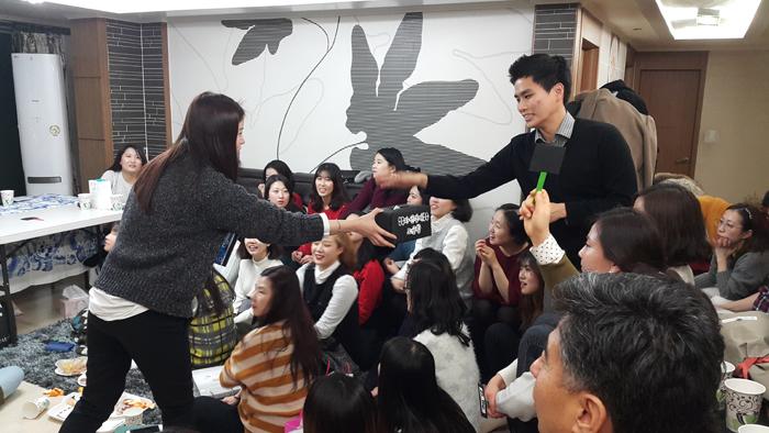 대전치과 즐거운치과 송년회 12.jpg